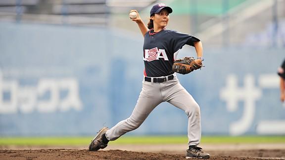 "MLB, USA Baseball Introduce ""Girls Baseball Breakthrough Series"""