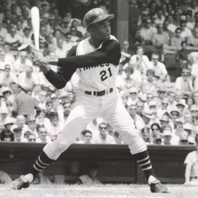 "La Vida Baseball  Launches ""The Year of 21"" Multi-Platform Experience Dedicated To Roberto Clemente"